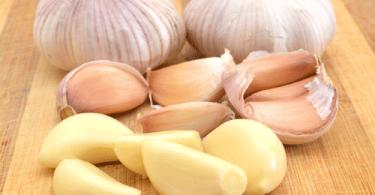 Health Benefits of Eat Raw Garlic in Morning